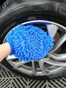 Premium microfiber chenille wash mitt